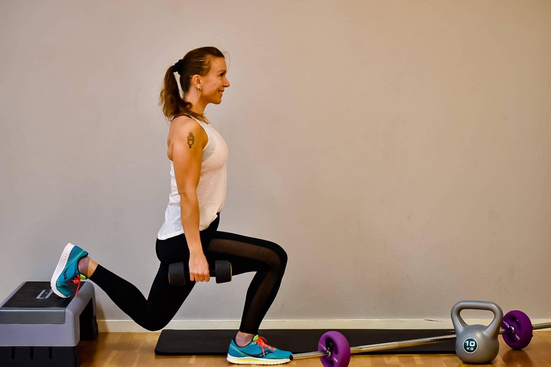 Filmat träningspass- superset för hela kroppen