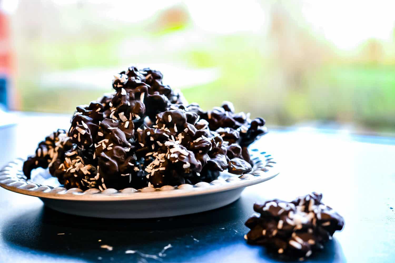 Recept- nötbräck med choklad, lakrits och kokos
